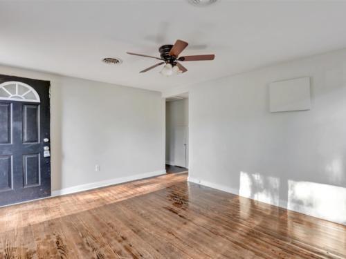 07-Living Room