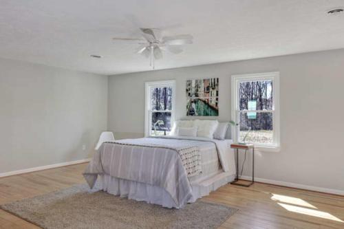 11375 Bristow Dr Gloucester VA-small-010-12-Master Bedroom-666x444-72dpi