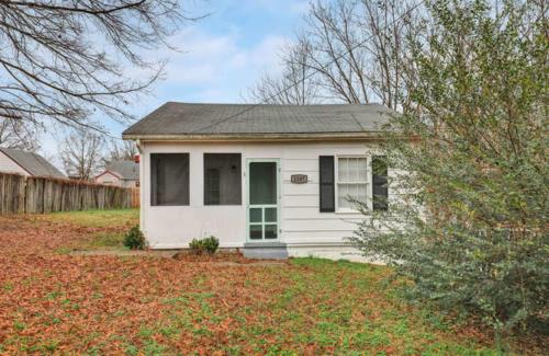 1207 Pine Ave Hopewell VA-small-002-29-Exterior  Front-666x434-72dpi