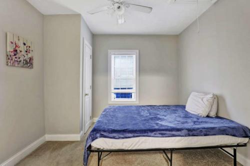 1207 Pine Ave Hopewell VA-small-010-26-Bedroom-666x444-72dpi