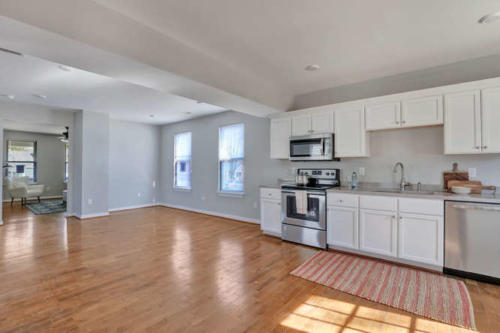 2100 Halifax Ave Richmond VA-small-011-7-Kitchen-666x444-72dpi