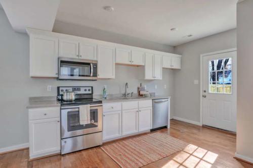 2100 Halifax Ave Richmond VA-small-013-5-Kitchen-666x444-72dpi