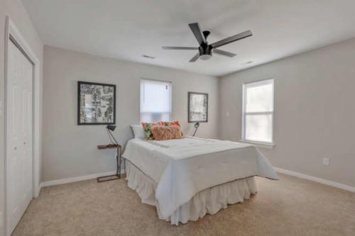 2100 Halifax Ave Richmond VA-small-018-10-Bedroom-666x444-72dpi
