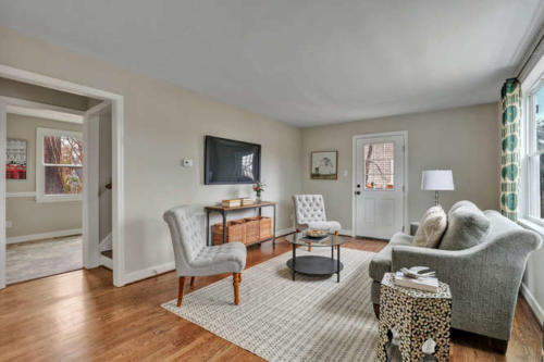 402 Willomett Ave Richmond VA-small-003-26-Living Room-666x443-72dpi