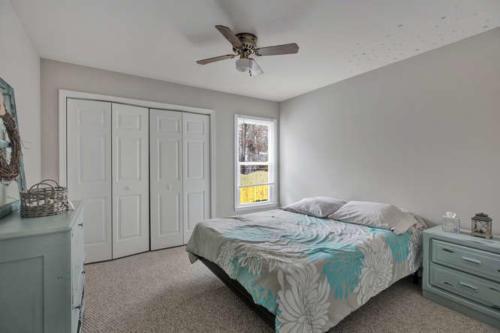 5000 Chelsea Brook Ln Glen-small-010-2-Bedroom-666x445-72dpi